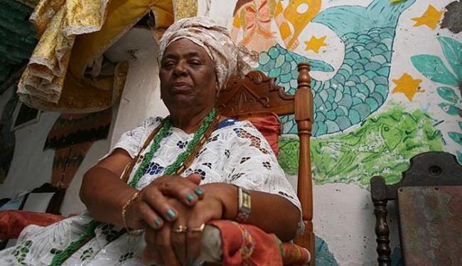 Afastada do ritual principal, Ialorixá manterá tradição e entregará oferenda - Foto: Iracema Chequer | Ag. A TARDE