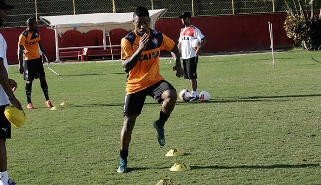 Desgastado por conta do jogo, Marinho fez treino físico na Toca do Leão - Foto: Margarida Neide l Ag. A TARDE