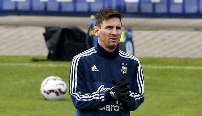 Segundo Martino, o craque argentino terá uma maratona de jogos antes da Olimpíada - Foto: Andres Stapff l Reuters