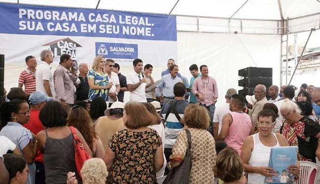 Evento contou com a presença do prefeito ACM Neto e, dos moradores contemplados - Foto: Luciano da Matta | Ag. A TARDE