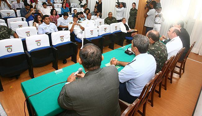 Coletiva reuniu representantes das Forças Armadas - Foto: Luciano da Matta l Ag. A TARDE