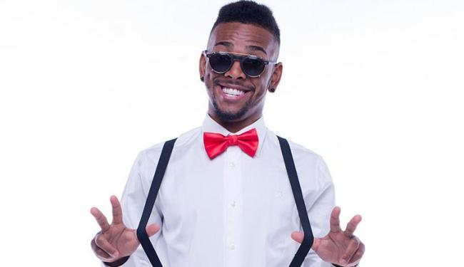 O cantor carioca faz sucesso nas redes sociais com suas músicas - Foto: Washington Possato   Divulgação