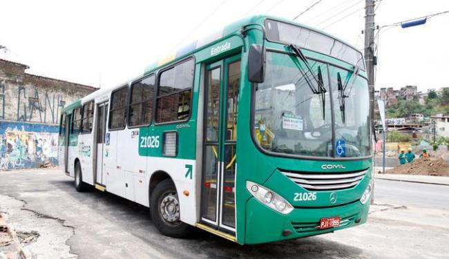 A partir de quinta-feira, 4, os ônibus vão circular só das 6h às 18h, segundo sindicato - Foto: Edilson Lima | Ag. A TARDE