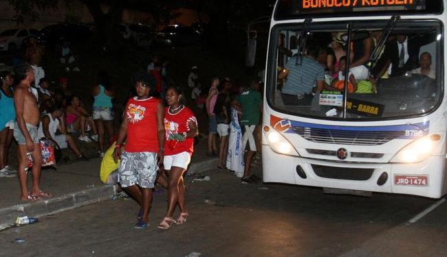 Vítima foi atropelada por um ônibus - Foto: Adilton Venegeroles / Ag. A TARDE