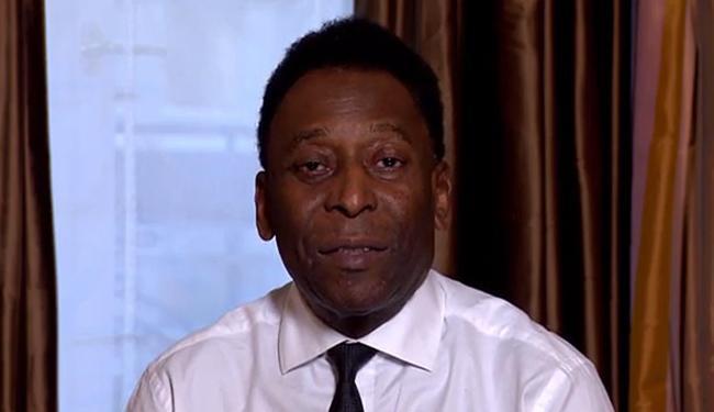 O Rei do Futebol apoia formalmente o ex-vice-secretário-geral da Fifa - Foto: Reprodução l Uol Mais