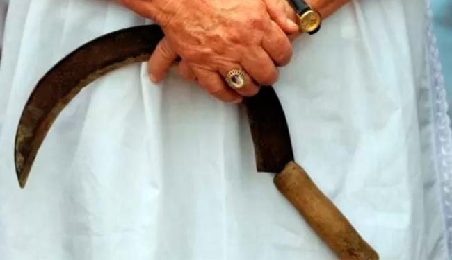 Mulher usou foice para amputar pênis de cunhado - Foto: Agência Reuters