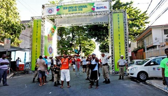 Polícia Militar realiza abordagem nos circuitos da festa - Foto: Divulgação | Governo do Estado