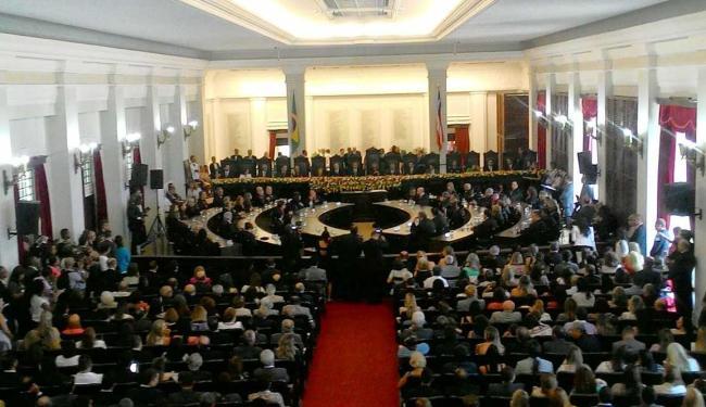 Evento acontece no salão nobre do fórum Ruy Barbosa - Foto: Luan Santos | Ag. A TARDE