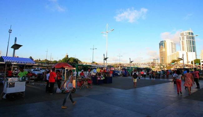 Ação aconteceu na Praça Newton Rique - Foto: Mila Cordeiro | Ag. A TARDE
