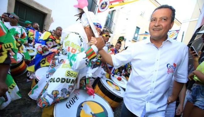 Rui em visita a sede da banda Olodum no Circuito Batatinha no Pelourinho - Foto: Joá Souza   Ag. A TARDE