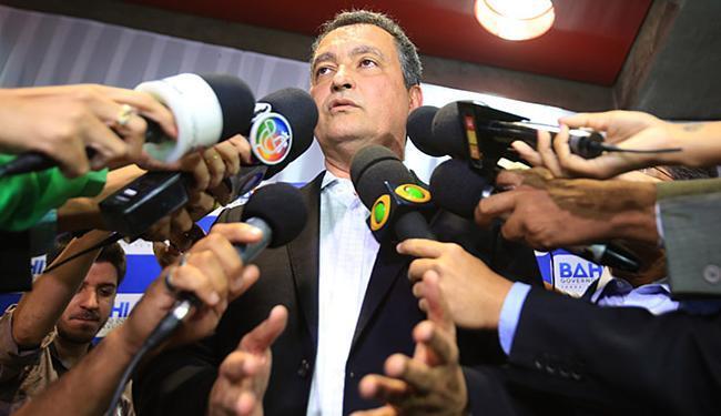 Rui acredita na aprovação do empréstimo na AL-BA pela capacidade de endividamento do estado - Foto: Joá Souza l Ag. A TARDE l 29.10.2015