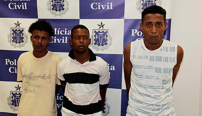 Trio alegou que iria roubar porque estava precisando - Foto: Lucas Melo   Ag. A TARDE