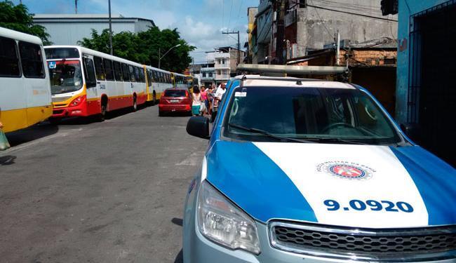 A Polícia Militar já está no local - Foto: Edilson Lima | Ag. A TARDE