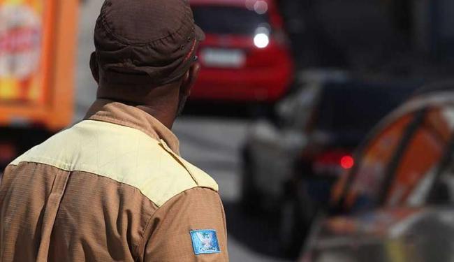 Sindicato garante 30% do efetivo trabalhando - Foto: Xando P.   Ag. A TARDE