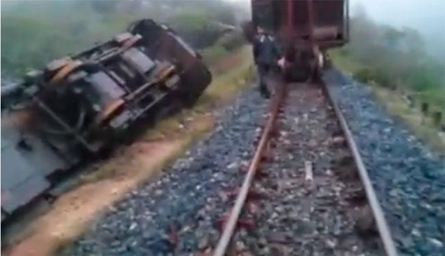 O acidente ocorreu na Ferrovia Centro-Atlântica entre os municípios de Licínio de Almeida e Urandi - Foto: Reprodução   Facebook