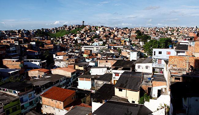Delegado Luis Henrique diz que crime perto da sede do Ilê Aiyê foi acerto de contas - Foto: Fernando Vivas | Ag. A TARDE l 04 l 11 l 2013