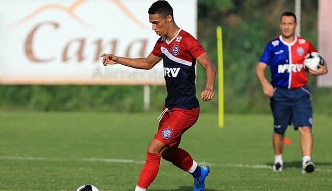 Zagueiro Éder chamou atenção de Doriva no último jogo-treino - Foto: Felipe Oliveira l EC Bahia