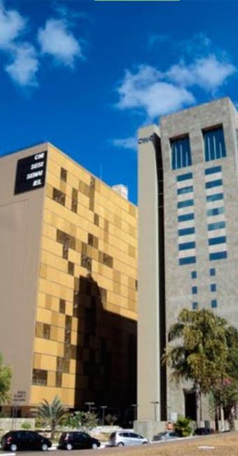 O prédio da sede da CNI, à esquerda - Foto: Reprodução | Google Maps