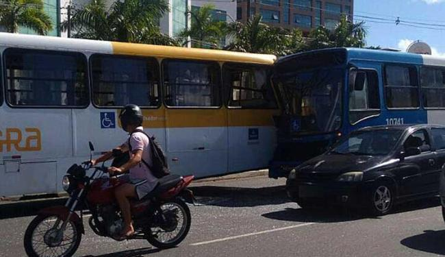 Acidente aconteceu por volta das 14h30 desta quarta - Foto: Cidadão Repórter | Whatsapp