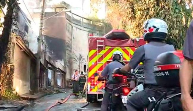 Aeronave caiu sobre uma casa na Zona Norte de São Paulo - Foto: Reprodução | TV Globo