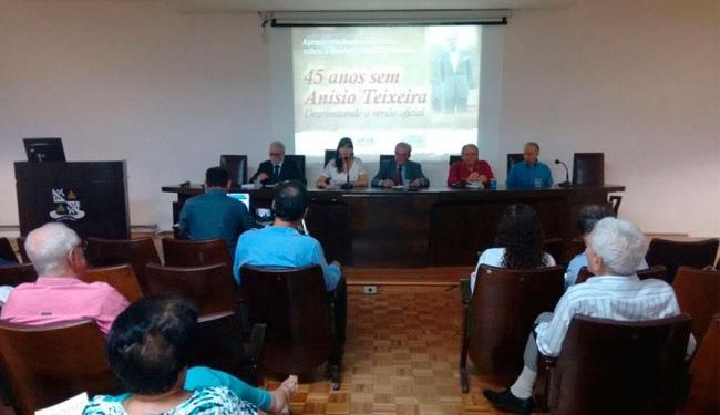 Escritor João Augusto de Lima Rocha contesta versão do Regime Militar de que Anísio morreu em queda - Foto: Edilson Lima | Ag. A TARDE