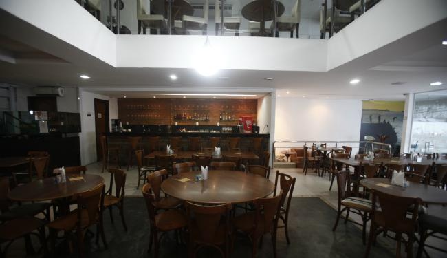Os pratos do bar Soteropolitano são batizados com expressões típicas da cidade - Foto: Lúcio Távora   Ag. A TARDE