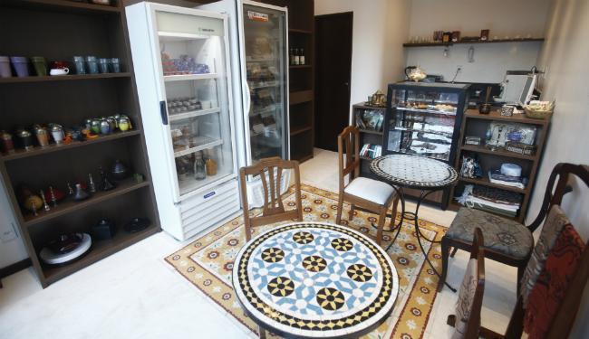 A Kasbah vende diversos pratos congelados da culinária árabe, como falafel e pernil de carneiro - Foto: Lúcio Távora | Ag. A TARDE