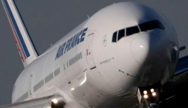 Funcionários acharam criança durante voo da Air France - Foto: Agência Reuters