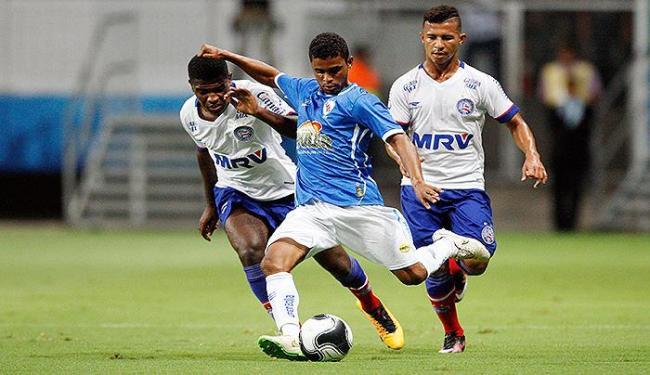 'O Demolidor de Campeões' decepcionou dentro de campo e perdeu de goleada para o Tricolor - Foto: Raul Spinassé | Ag. A TARDE