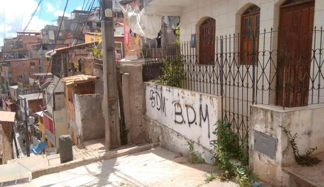 Crime aconteceu na rua Vila Nova, em Brotas - Foto: Edilson Lima   Ag. A TARDE