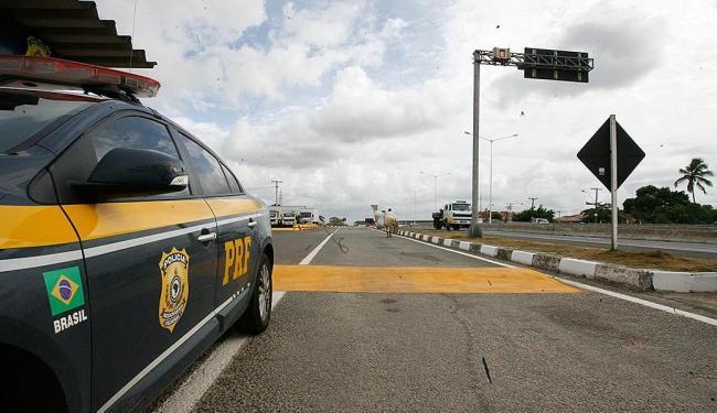 A operação vai até as 8h de segunda, dia 28 - Foto: Fernando Amorim   Ag. A TARDE