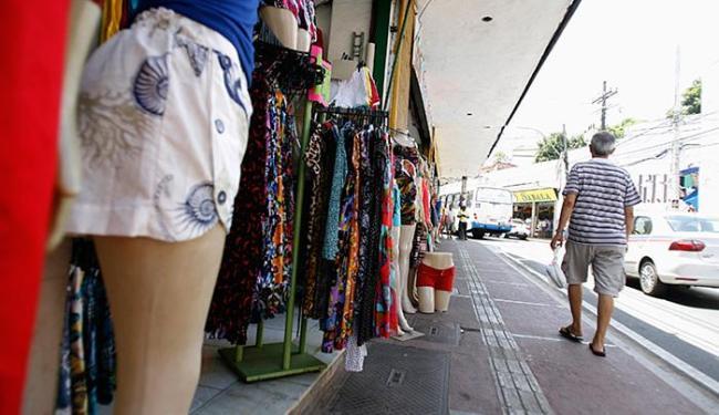 Alguns estabelecimentos alteram seus horários de funcionamento no feriado - Foto: Joá Souza   Ag. A TARDE