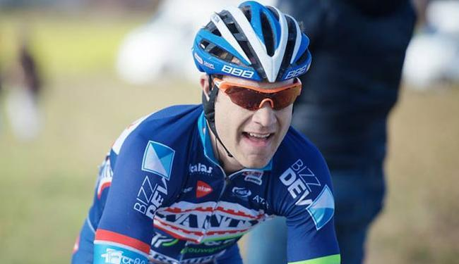 Demoitié estava entre os vários ciclistas que caíram em um acidente durante a prova - Foto: Divulgação | Wanty -Groupe Gobert
