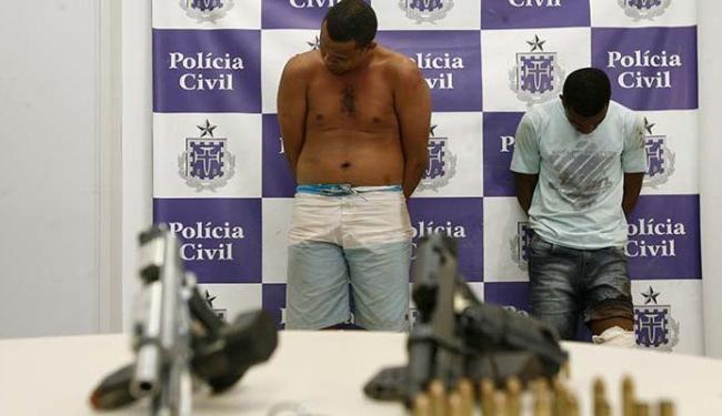 Versão oficial aponta Edvaldo (esq.) e Adilson como suspeitos da tentativa de roubo - Foto: Edilson Lima | Ag. A TARDE