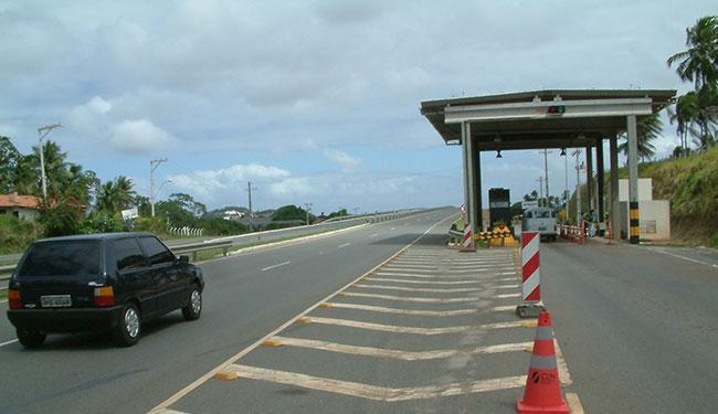 O posto de pesagem funcionará no KM 45, próximo à Guarajuba e Monte Gordo - Foto: Abmael Silva | Ag. A TARDE | 30.07.2004