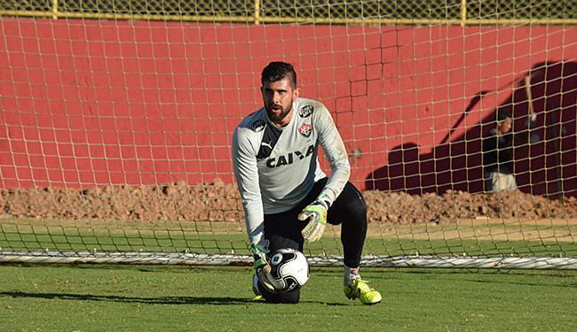 Fernando Miguel já treina normalmente e deve pegar Flamengo - Foto: Francisco Galvão l EC Vitória
