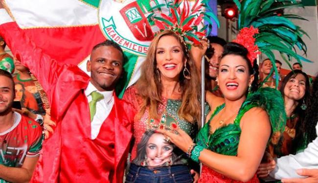 Ivete participou de uma festa na quadra da escola de samba no sábado, 12 - Foto: Divulgação