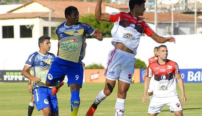 Jacobina bateu Fla de Guanambi em casa por 1 a 0, no domingo - Foto: Robson Guedes l jacobinaec.com.br