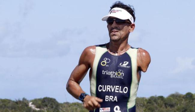 O atleta vai disputar prova de triatlo neste domingo, 13, na Flórida - Foto: Divulgação   Sudesb