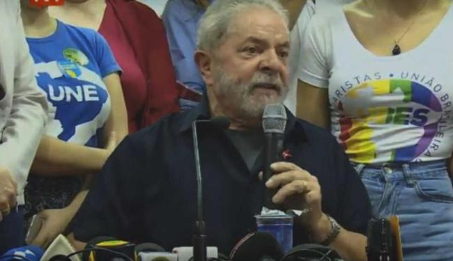 Lula sede entrevista coletiva no comitê do PT em São Paulo - Foto: Reprodução   Facebook