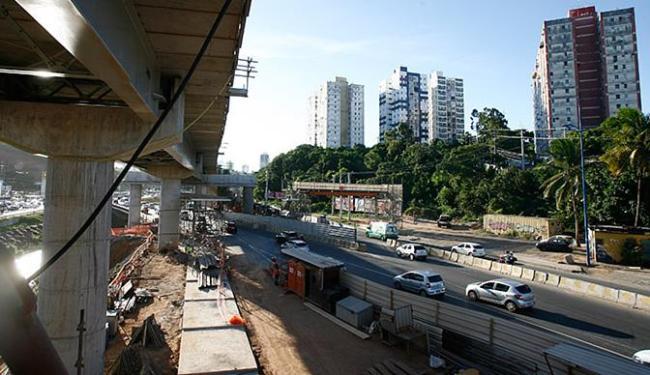 Barulho e poluição visual podem depreciar imóvel; proximidade com estação tende a valoriza - Foto: Mila Cordeiro l Ag. A TARDE