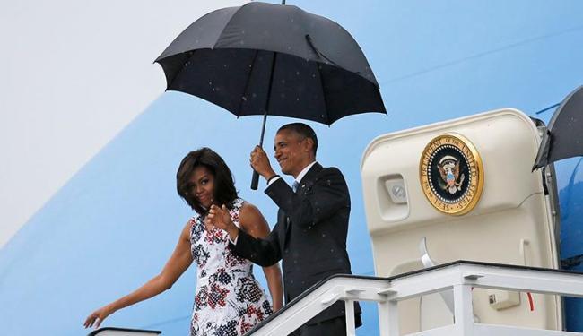 Obama chegou acompanhado da família em Cuba - Foto: Carlos Barria   Agência Reuters