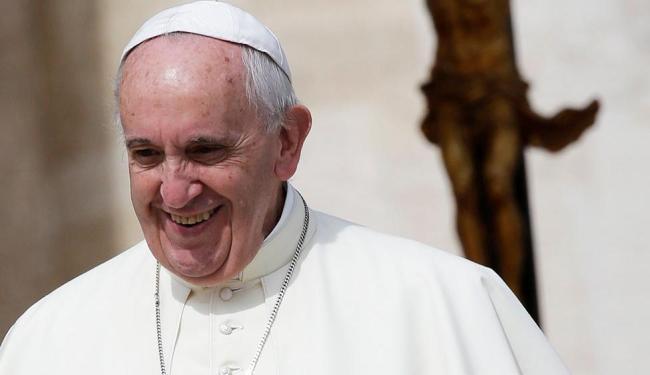 Duas horas após a abertura do perfil, o papa já tinha cerca de 300 mil fãs - Foto: Max Rossi | Agência Reuters