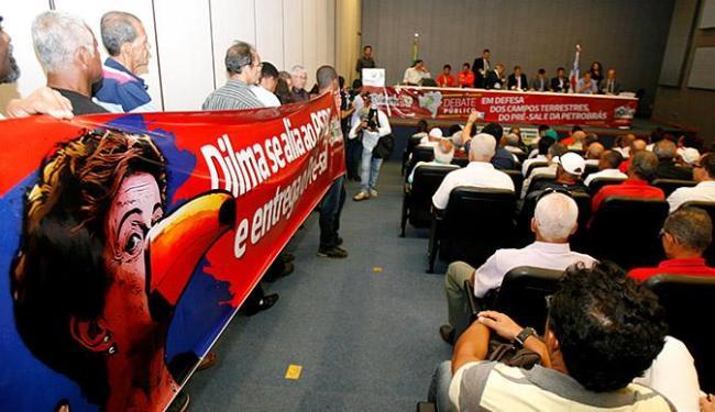Auditório da Assembleia Legislativa do Estado lotou para sessão sobre Petrobras - Foto: Luciano da Matta l Ag. A TARDE