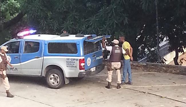 Alunos viram a prisão e compartilharam o momentos nas redes sociais - Foto: Reprodução   Facebook   João Diniz