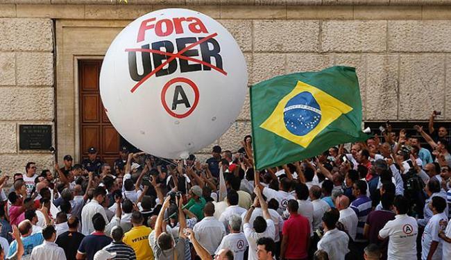 Protestos não evitaram presença da Uber em S. Paulo - Foto: Andre Penner l AP Photo l 08.10.2015