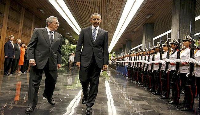 O presidente de Cuba e presidente dos EUA no 2º dia de visita do americano à ilha - Foto: Carlos Barria l Reuters