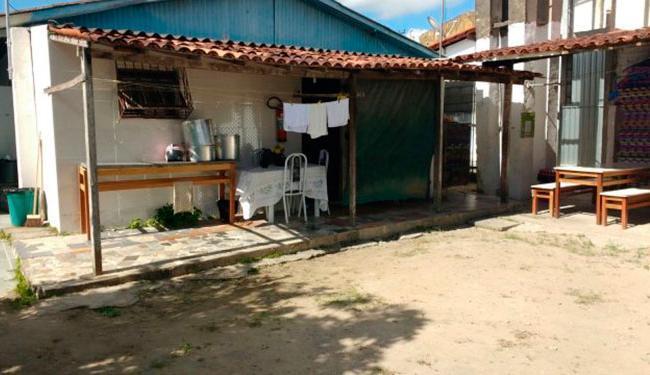 A escola funciona em uma casa (foto) desde julho de 2015 - Foto: Paulo José | Acorda Cidade