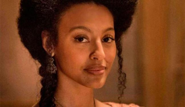 Sharon interpreta a personagem Bertoleza, em