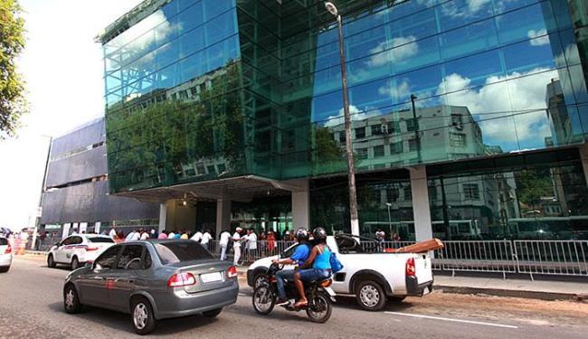 Em estrutura metálica e vidro, o terminal tem três pavimentos, num total de 7.678 metros quadrados - Foto: Elói Corrêa l Gov-BA